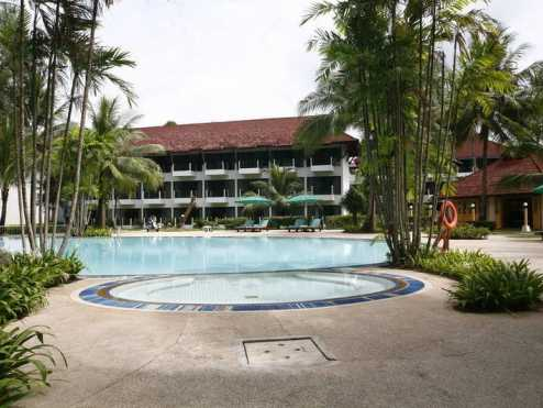 Amora beach resort  5