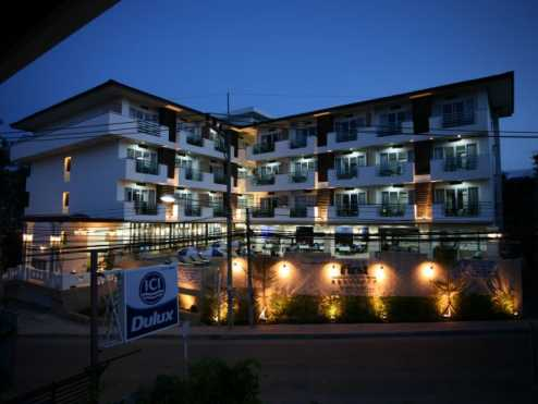 First residence hotel 8