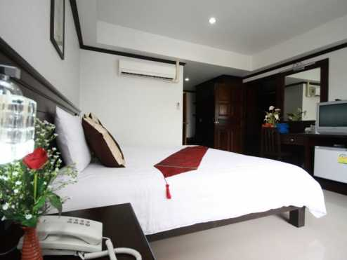 First residence hotel 6